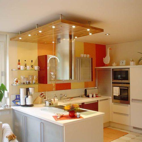 Küchendecke renovieren - PLAMECO Spanndecken schnell und sauber