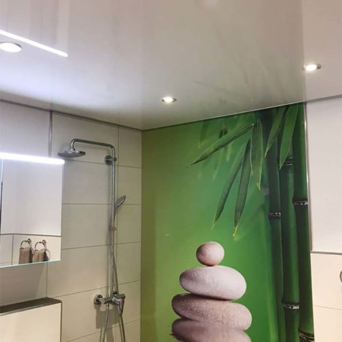 PLAMECO Decke im Badezimmer - Spanndecke
