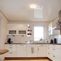 PLAMECO Spanndecke in Hochglanz Weiß in der Küche