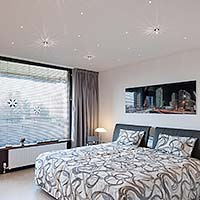 Schlafzimmerdecke mit LED Sternenhimmel - PLAMECO