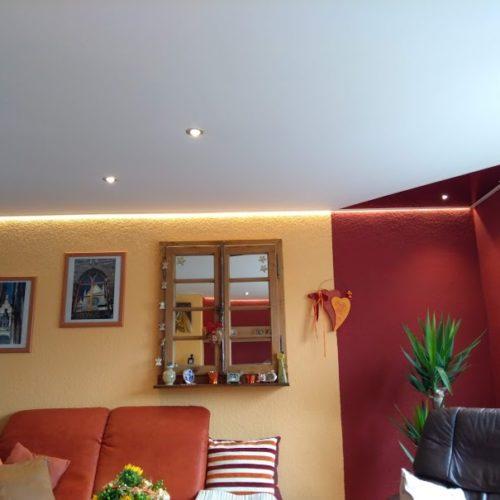 vorteile von spanndecken gegen ber herk mmlichen deckenl sungen. Black Bedroom Furniture Sets. Home Design Ideas
