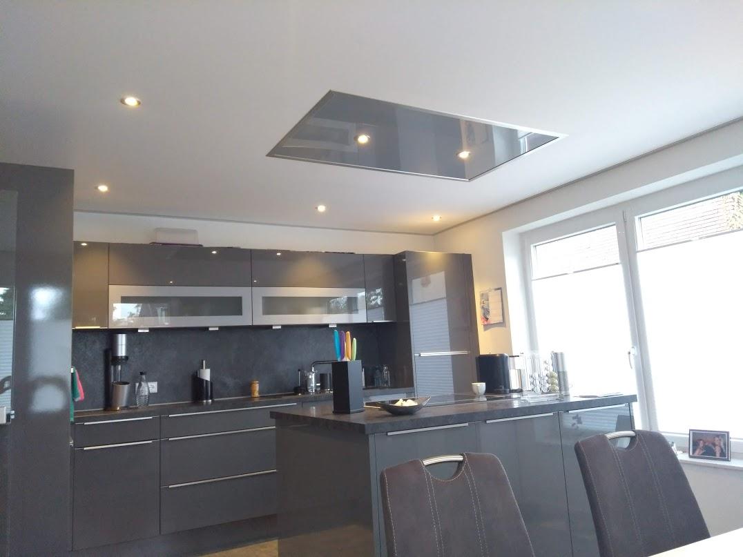 Plameco Küchen Spanndecke mit Element