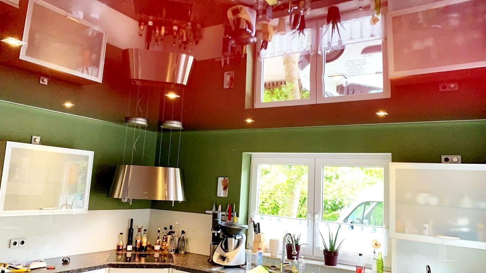 farbige Küchendecke Plameco Spanndecke in rot